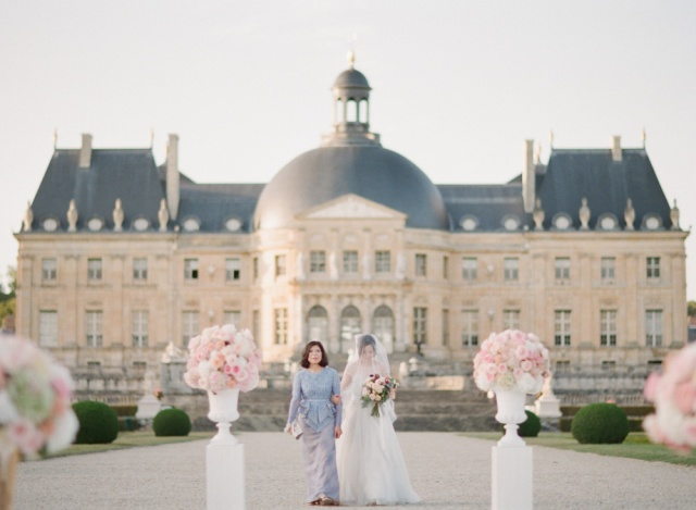 chateau_vaux_le_vicomte_wedding_hair_makeup_trine_juel_14
